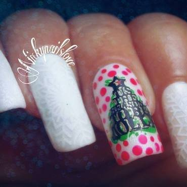 Let it snow nail art by Nicky
