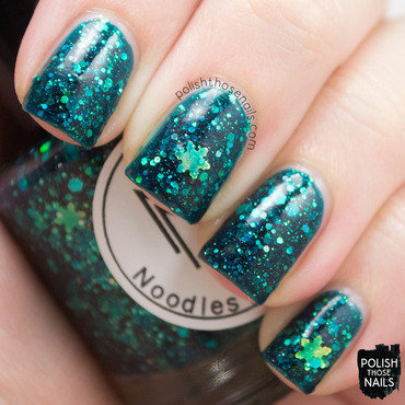 Noodles nail polish snow coat boots problems green glitter swatch 4 thumb370f