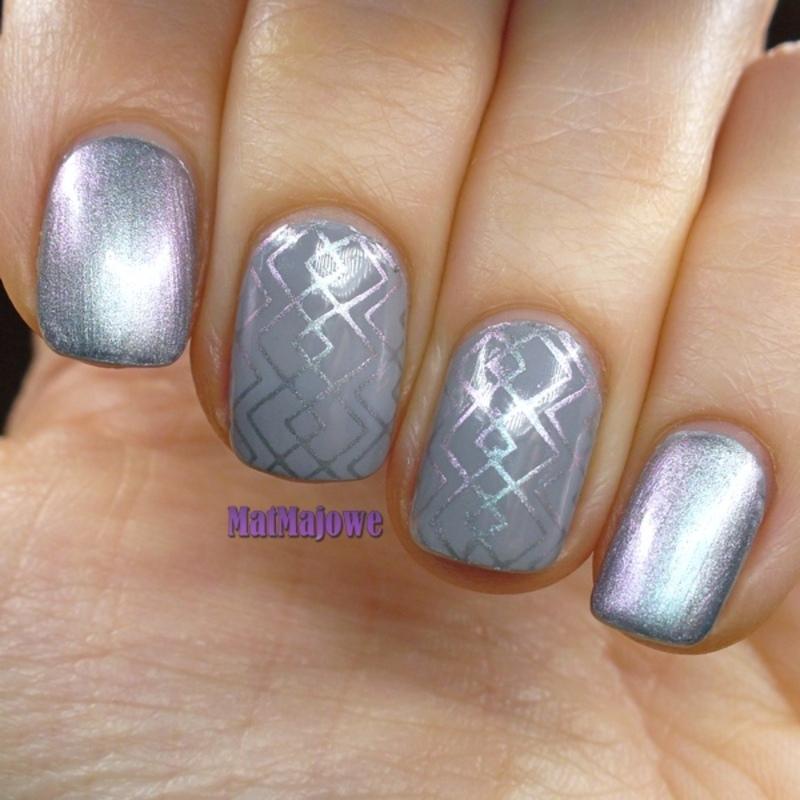 Grey and silver duochrome nail art by MatMaja
