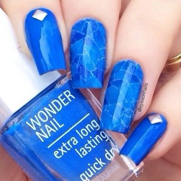 Irregular pattern blue 💙 nail art by Virginia