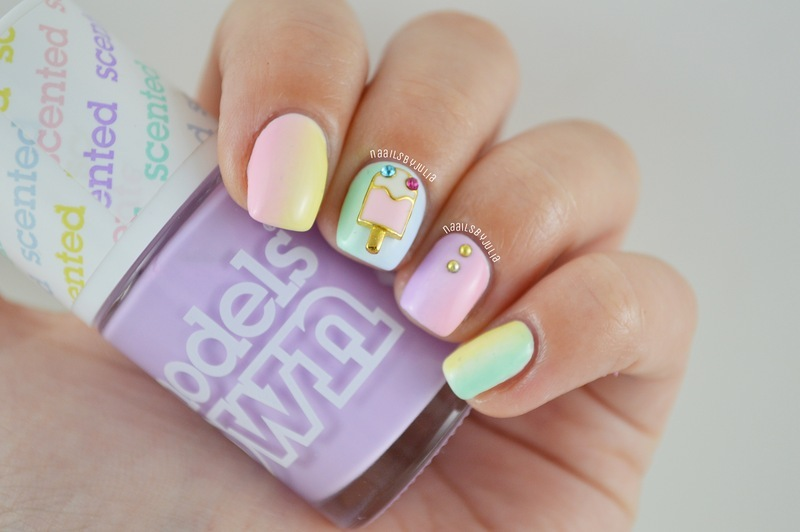 Pastel vertical gradient nail art by Julia
