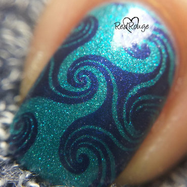 Ocean waves nail art by RedRouge