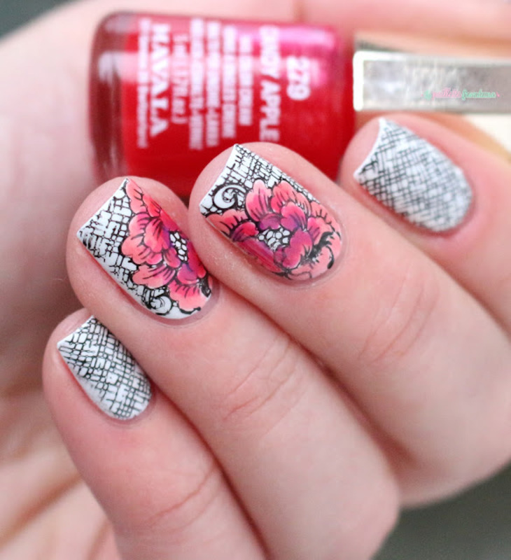 leadlight floral nail art by nathalie lapaillettefrondeuse