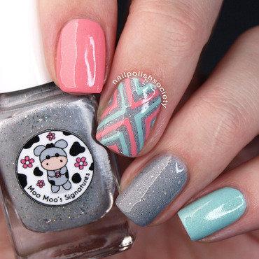 Moo Moo's Signatures Skittlette nail art by Emiline Harris