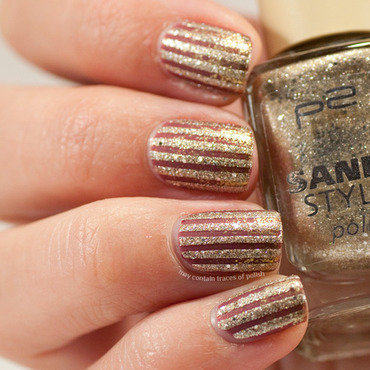 Gold glitter gradient with stripes nail art by Zara TracesOfPolish