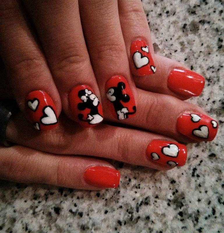Mickey And Minnie Mouse Nail Art By Nailartt Nailpolis Museum Of