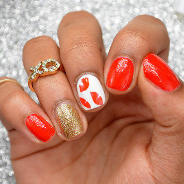 Valentine's Day Dry Marble Lips nail art by Fatimah