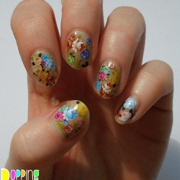 Flower Power nail art by Charlie - Popping Nails