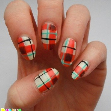 Tartan nail art by Charlie - Popping Nails