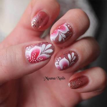 One stroke fleurs rouge et blanche nail art by MoanaNails