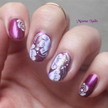 One stroke fleurs nail art by MoanaNails