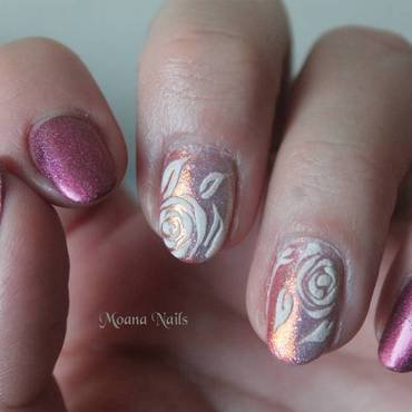 Rose effet sucre nail art by MoanaNails