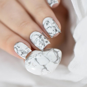 White marble nail art by Marine Loves Polish