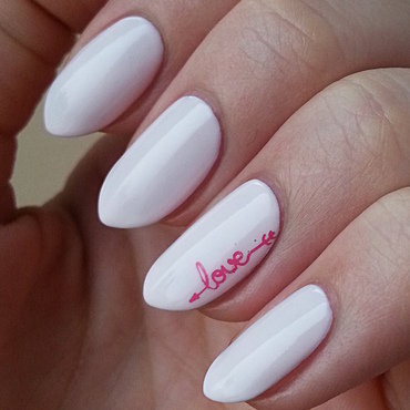 Delicate Valentine's Day Manicure nail art by Mgielka M