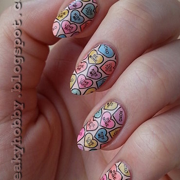Sweet Valentine's Day Manicure nail art by Mgielka M
