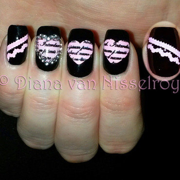 Heart shaped love letters nail art by Diana van Nisselroy