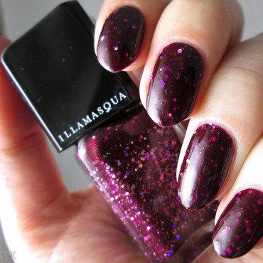 Illamasqua glitterati Swatch by Yenotek