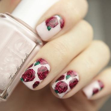 Roses nail art by Tine