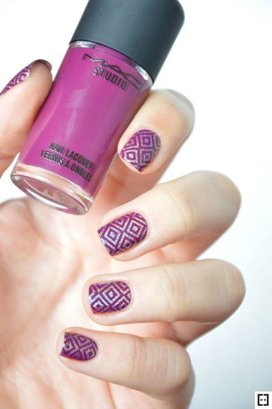 Stamping TOPATOPA T06 nail art by Sweapee