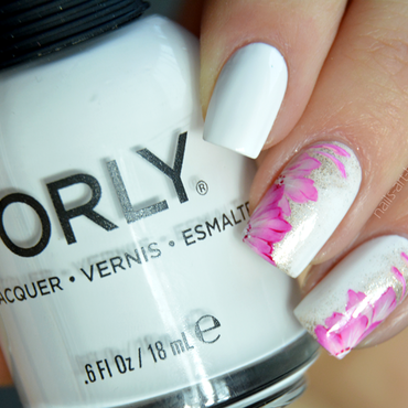 White Out With Flowers nail art by bopp