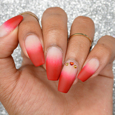 Nude to Red French Tip Gradient nail art by Fatimah