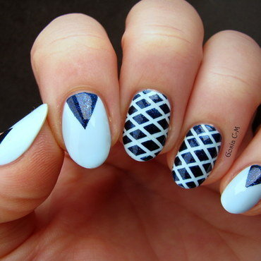 Navy geometry nail art by Nail Crazinesss
