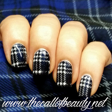 Nail 20art 20of 20the 20day 20  20blue 20tartan 20 15  20wm thumb370f