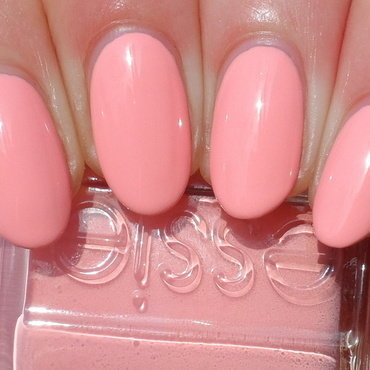 Essie Essie Van D'Go Swatch by Plenty of Colors