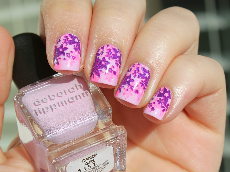 Spring Flowers nail art by Moriesnailart