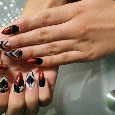 Black, red stilleto gel nails nail art by Infrentuall