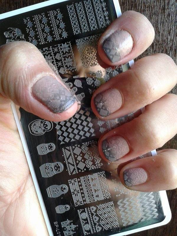 Sweater Nails nail art by Avesur Europa