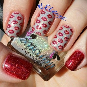 Sealed with a kiss...... nail art by Jenette Maitland-Tomblin