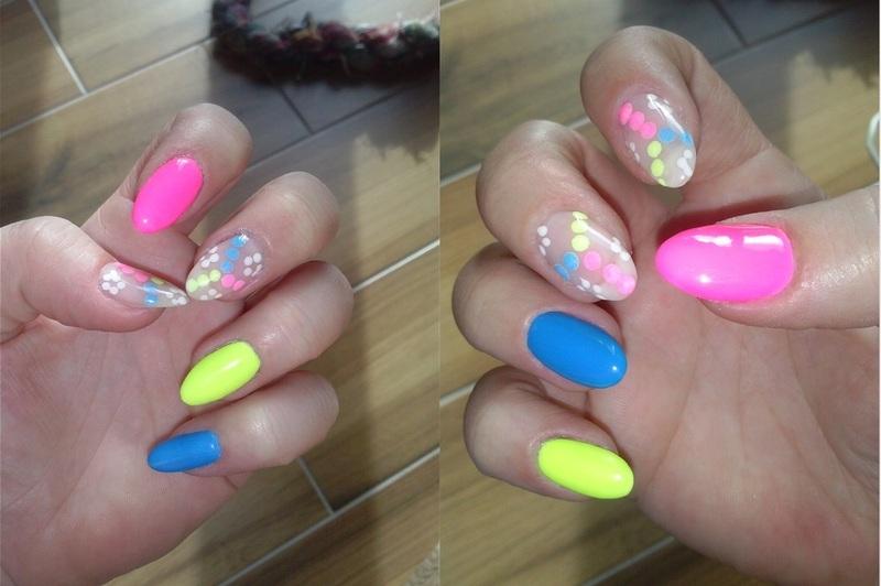Summer Energy nail art by Magda