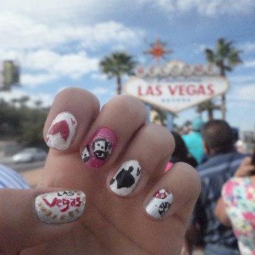 Las Vegas 2015 nail art by Luzazul