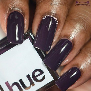 Square Hue Vondelpark Swatch by glamorousnails23