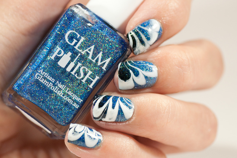 Blue gradient water marble nail art by Zara TracesOfPolish