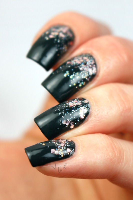 Pink Glitter Gradient nail art by Yue
