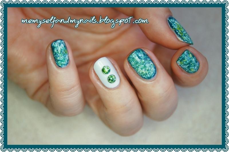 Green stones nail art by ELIZA OK-W