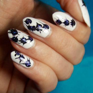 Abstract thistles. nail art by notcopyacat