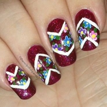 Chevron Flowers nail art by Lynni V.