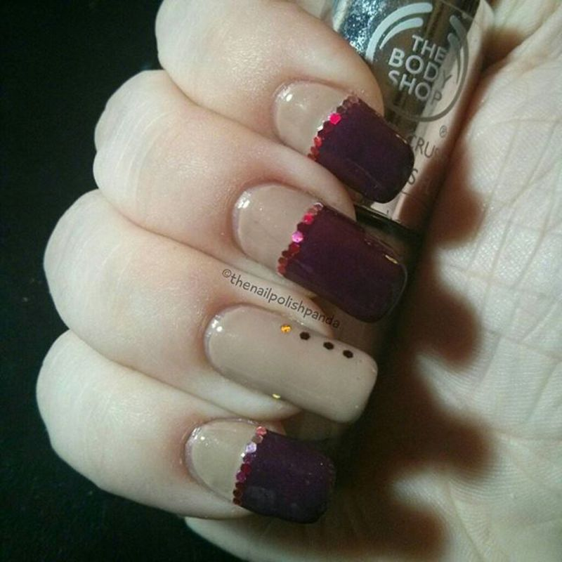 Glitter Placement Simplicity nail art by Lynni V.
