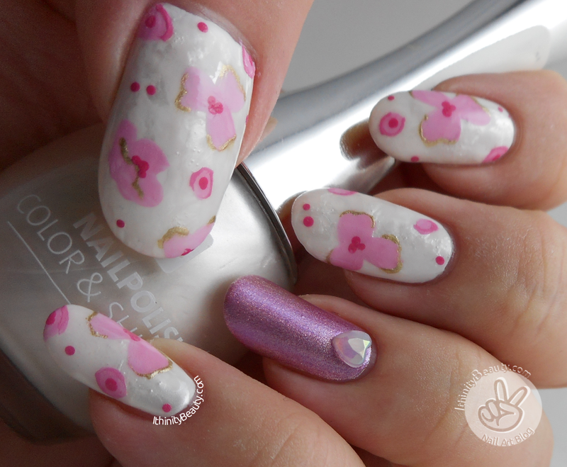 Subtle Spring Florals nail art by Ithfifi Williams