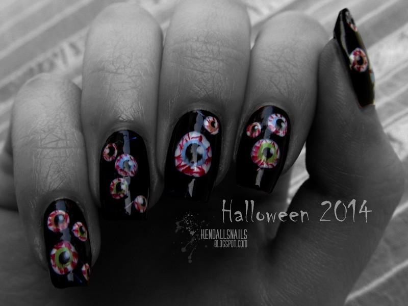 Halloween Eyeballs nail art by Julia Friedel