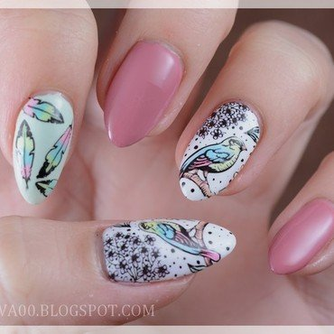 Spring birds nail art by Jadwiga