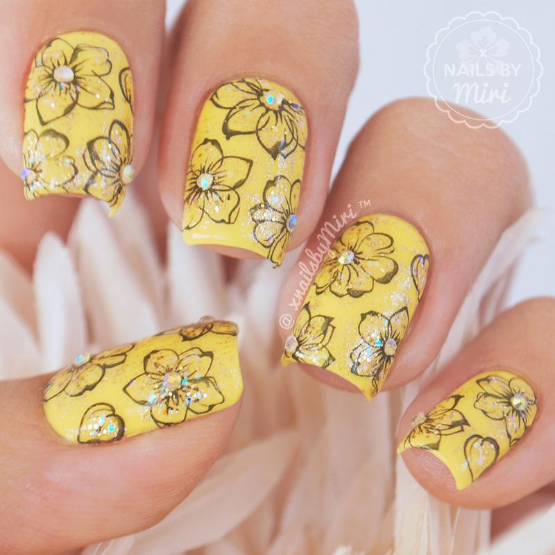 Yellow Flower Nails Nail Art By Xnailsbymiri Nailpolis Museum Of