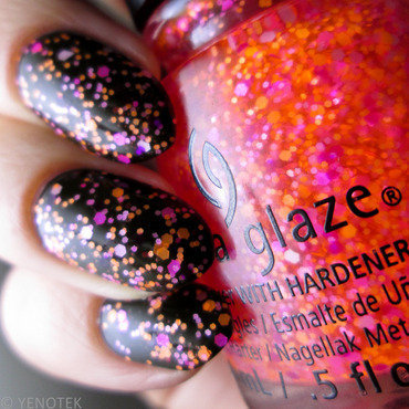 China Glaze Let The Beat Drop nail art by Yenotek