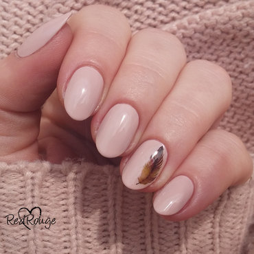 Zila 100 Aura nail art by RedRouge