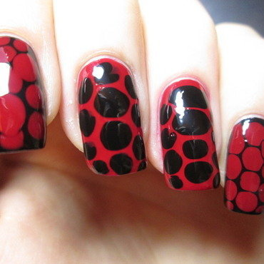 red & black blobbicure nail art by NailArt_T