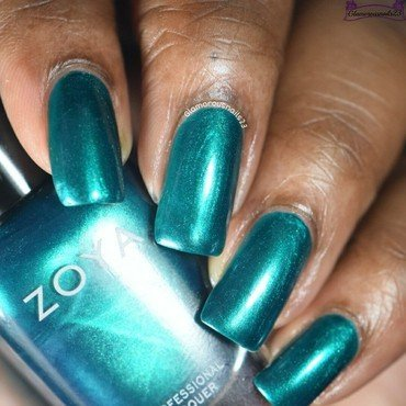Zoya Giovanna Swatch by glamorousnails23
