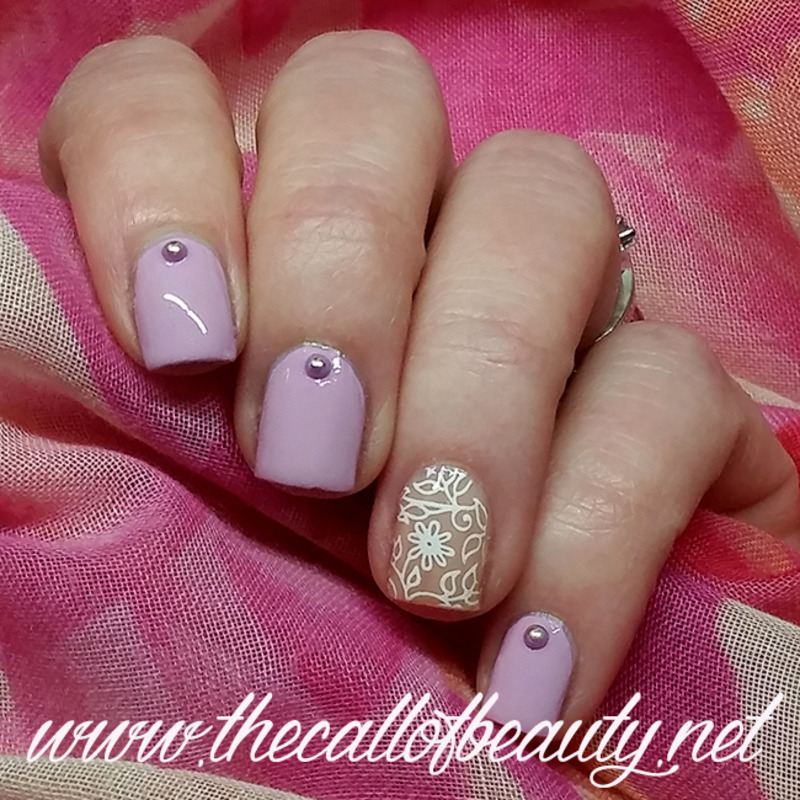 Floral Negative Space nail art by The Call of Beauty